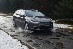 Ford desarrollará una tecnología para avisar de los baches