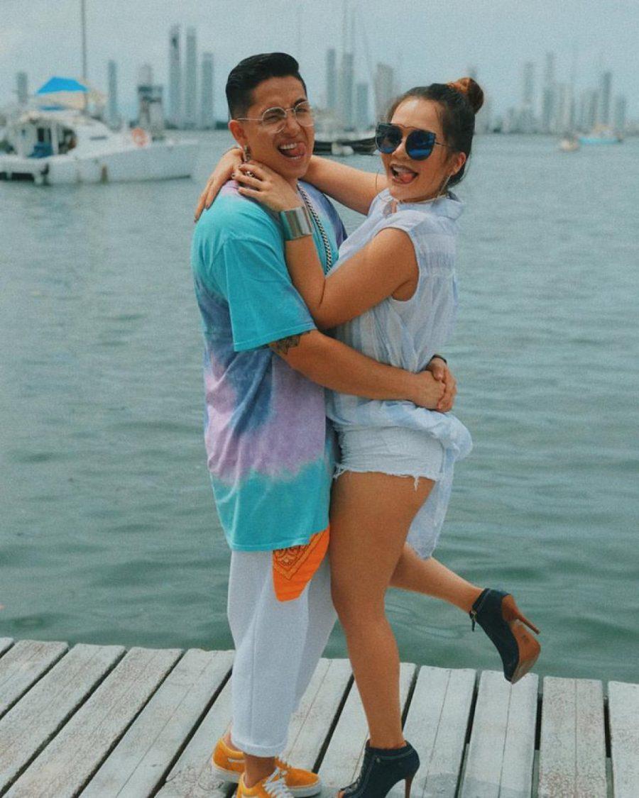 """Lina Tejeiro ya tiene la """"fecha"""" de su matrimonio y la comparte con este divertido video"""