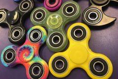 ¿Qué son los 'fidget spinners' y por qué están de moda?