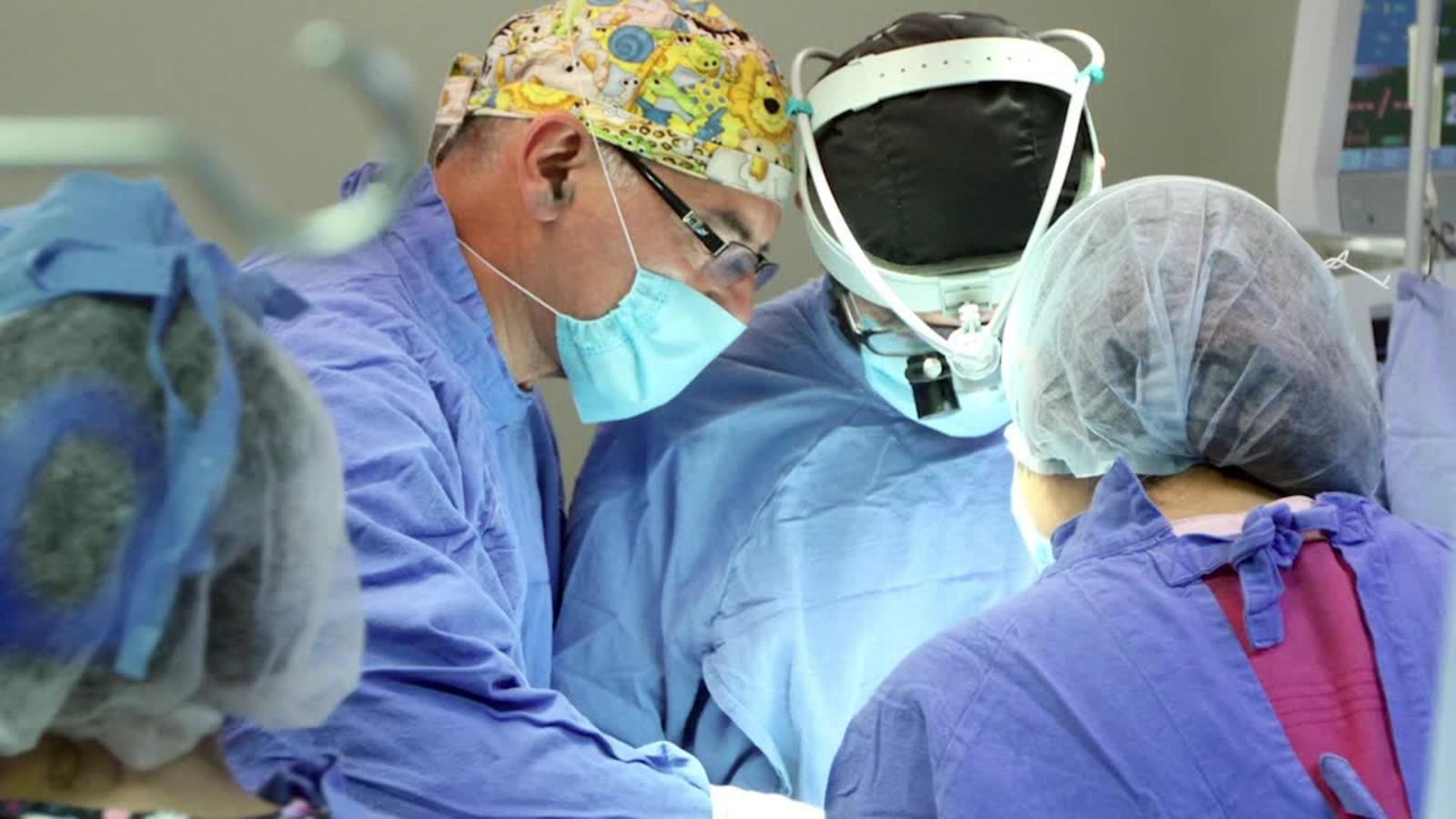 CirujanosmexicanosoperaronelcorazondeunaninaduranteelterremotoCNNEspanolcom