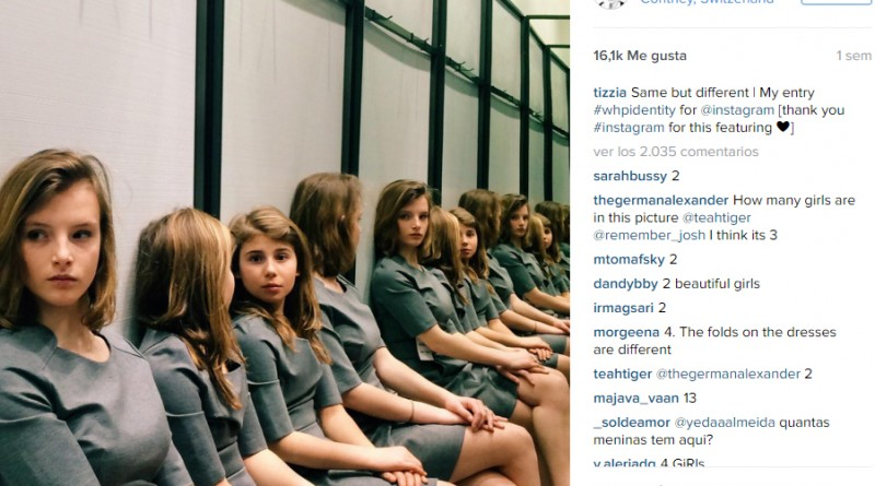 Varias chicas en un cuarto de espejos crean una ilusión optica