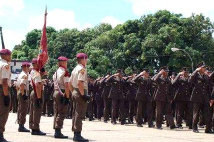 Militares venezolanos ahora podrán ser empresarios petroleros y mineros