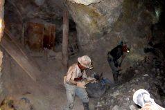 Investigan desaparición y presunta muerte de 28 mineros en Venezuela