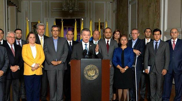 Santos llama a frente unido tras 'decisión injuriosa' de La Haya