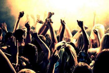 ¿La fiesta está aburrida? ¡10 canciones que pondrán a bailar a todos!