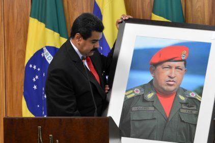 Militares chavistas piden renuncia de Nicolás Maduro