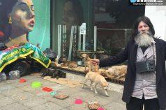 Acacio Ramirez, el hombre que cuida a 17 perros y demuestra que la amistad entre humanos y animales es real