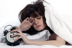 9 cosas que seguro piensas cuando suena el despertador por la mañana