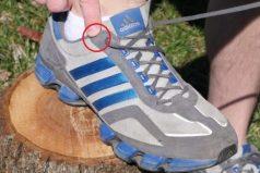 ¿Para qué sirven esos pequeños huequitos en las zapatillas deportivas? la respuesta es asombrosa