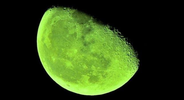Luna verde el 20 de abril