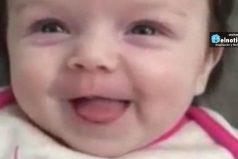 """Esta niña de 10 semanas sorprendió a su familia al decir """"Hola"""""""