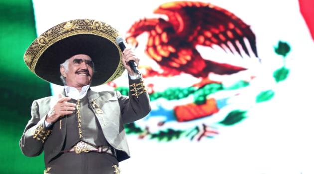 Vicente Fernández se despide de los escenarios