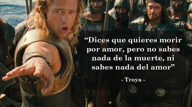 Brad Pitt en la película Ttroya