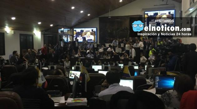 Concejo de Bogotá aprobó la venta de la ETB, los peajes urbanos y pagar por no tener pico y placa