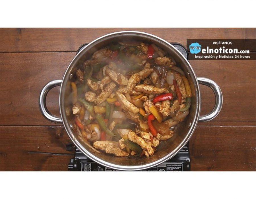 One-Pot Chicken Fajita Pasta