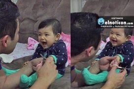 Esta bebé no se deja cortar las uñas de su papá ¡Te reirás mucho!
