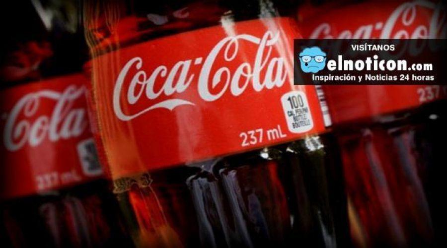 Cada año una persona en México consume 180 litros de Coca-Cola