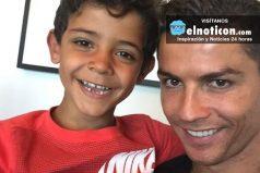 Hijo de Cristiano Ronaldo cantan a ritmo del reguetonero Nicky Jam