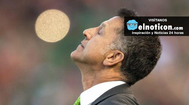 El colombiano Juan Carlos Osorio seguirá como director técnico de México