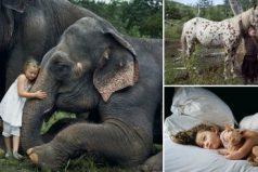 Una fotógrafa que captura los más alucinantes momentos de su hija en compañía de animales