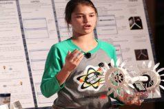 Joven de 15 años inventa dispositivo que convierte el movimiento del mar en energía