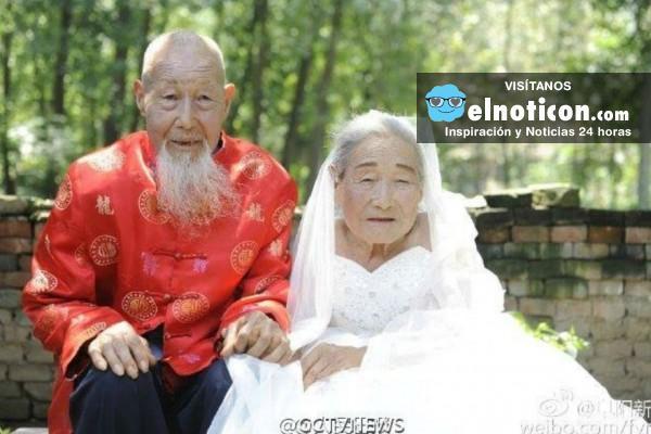 Pareja de 80 años de casada