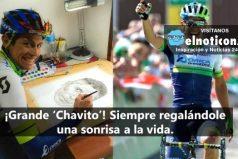 Mira a Esteban Chaves dibujando a Nairo Quintana