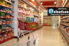 Alimentos regresan a algunos supermercados en Venezuela pero con precios altos