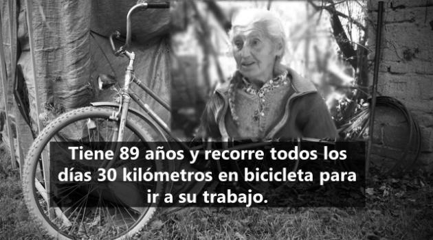 Tiene 89 anos y recorre todos los días 30 kilómetros en bicicleta para ir a trabajar