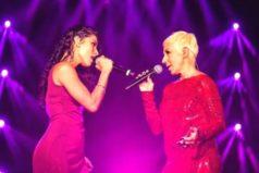 ¿Quién es María León, la cantante mexicana que besó a Ana Torroja?