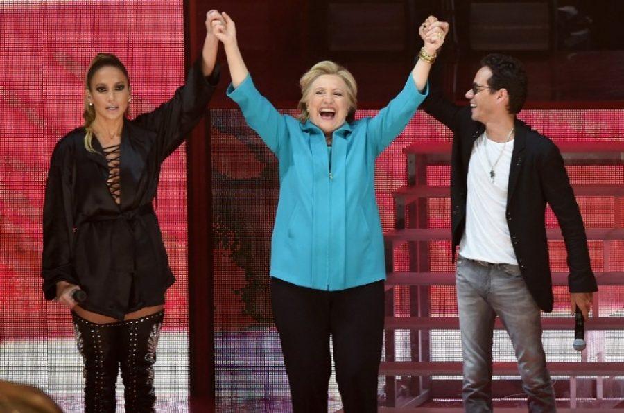 Jennifer López y Marc Anthony dan concierto gratis para pedir votos ¡divinos!