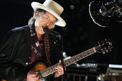 Las razones por las que la Academia Sueca le concedió el premio Nobel de Literatura 2016 al músico Bob Dylan