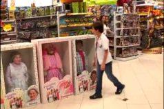 Al mejor estilo 'Toy Story': la cámara escondida de esta juguetería te hará morir de risa. ¡Los juguetes están vivos, jejeje!