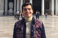 Carlos Sánchez será el nuevo Juan Gabriel