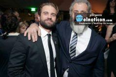 El sexy hijo de Mel Gibson que está rompiendo corazones