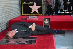 'Dr. House' recibe estrella en Paseo de la Fama de Hollywood