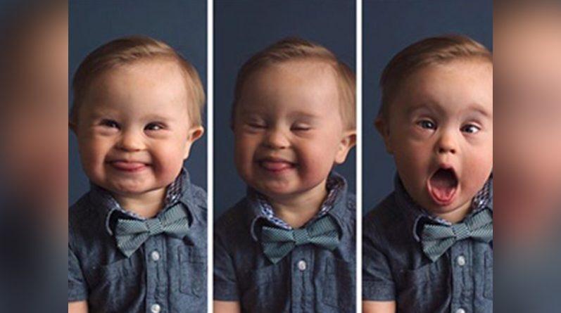Bebé haciendo gestos