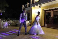 El primer baile de estos novios fue realmente especial, ¡querrás hacer algo así en tu boda!
