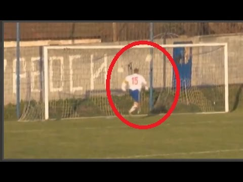 Is-this-the-worst-missed-goal-in-the-history-of-football