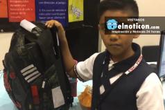 Niño de 11 años crea mochila para protegerse de las balaceras
