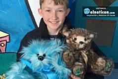 Campbell tiene 12 años y se dedica en su tiempo libre a hacer osos de peluche para niños enfermos