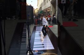 Espectacular concierto de piano ¡Tocado con los pies! No te lo querrás perder