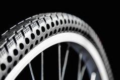 Estas son las llantas de bicicleta que nunca se 'pinchan' ¿Te gustaría tener una?