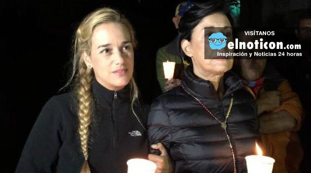 """""""Después de 150 horas sin saber nada de Leopoldo nos gritó desde la celda ¡Fuerza y viva Venezuela!"""" Lilian Tintori"""