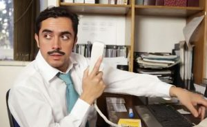 El verdadero significado de god nez quedar s muy for Que es un oficinista