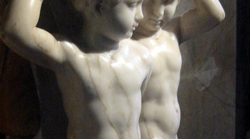 esculturas-en-una-capilla-de-vasari-roma