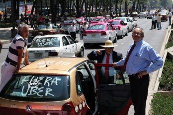 Taxistas protestan contra Uber en México
