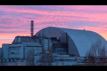 Así construyeron el sarcófago que por fin detendrá la radiación en Chernóbil… ¡30 años después!