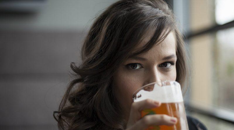 cerveza-enjuague-cabello