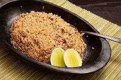 ¿Te gusta el arroz con coco?, te tenemos la receta perfecta, !comerlo en familia es más rico!